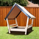 CONGO Kid Chalet Sandbox With Roof